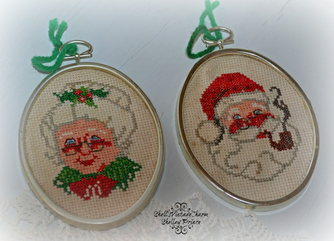 Mr and Mrs Claus X Stitch.jpg